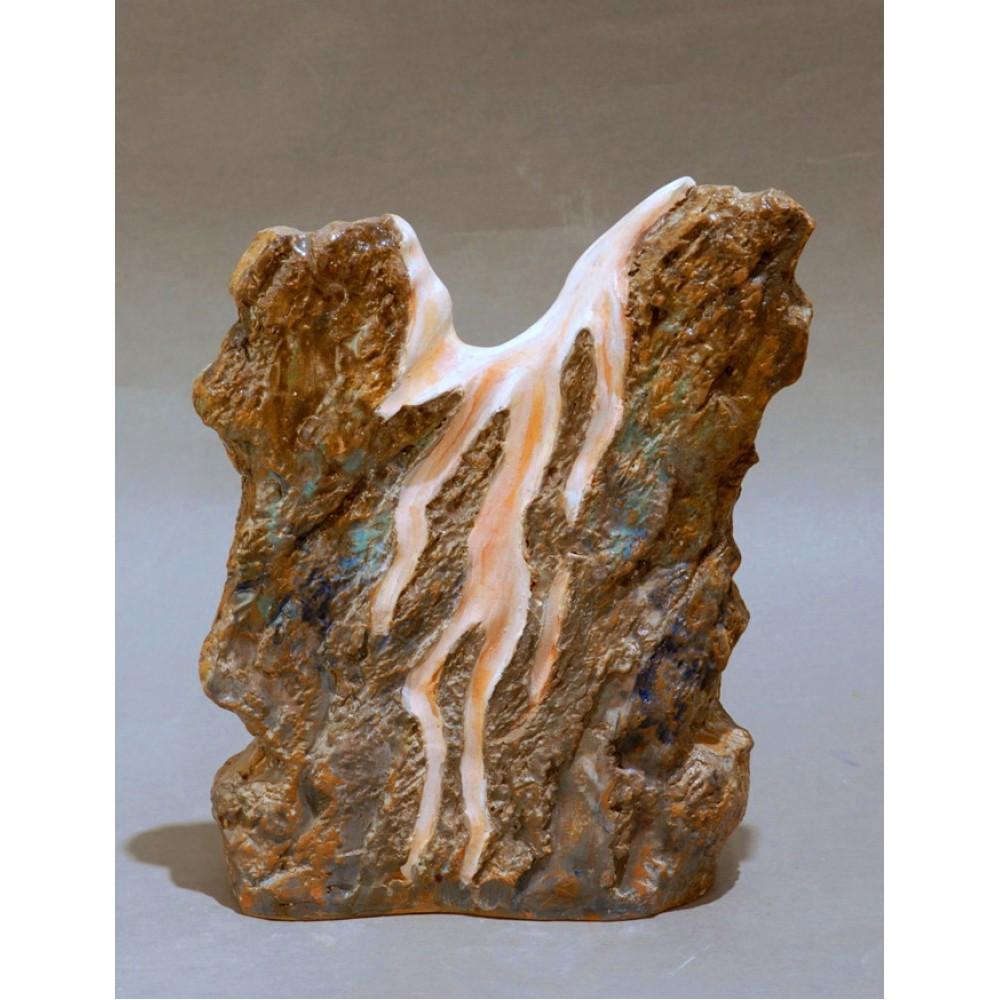 Atingere II - ceramică în şamotă, artist Petru Leahu