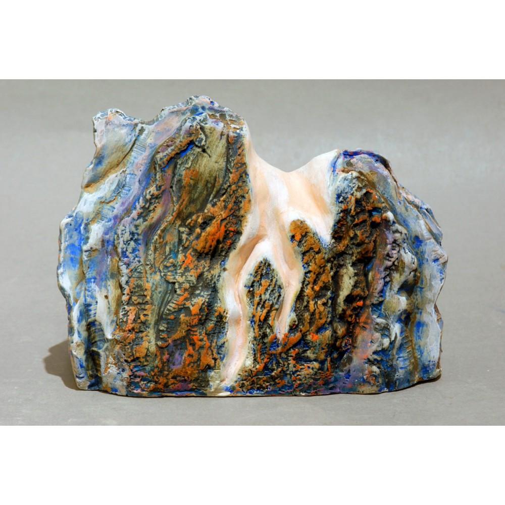 Atingere III - ceramică în şamotă, artist Petru Leahu