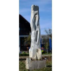 Turla - sculptură în piatră, artist Liviu Bumbu