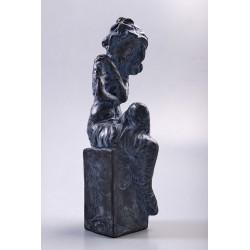 Însingurare - ceramică  patinată, artist Petru Leahu
